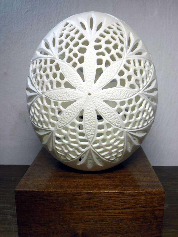 Fiche d 39 un exposant de la galerie art et artisanat du monde - Cloque du pecher coquille d oeuf ...