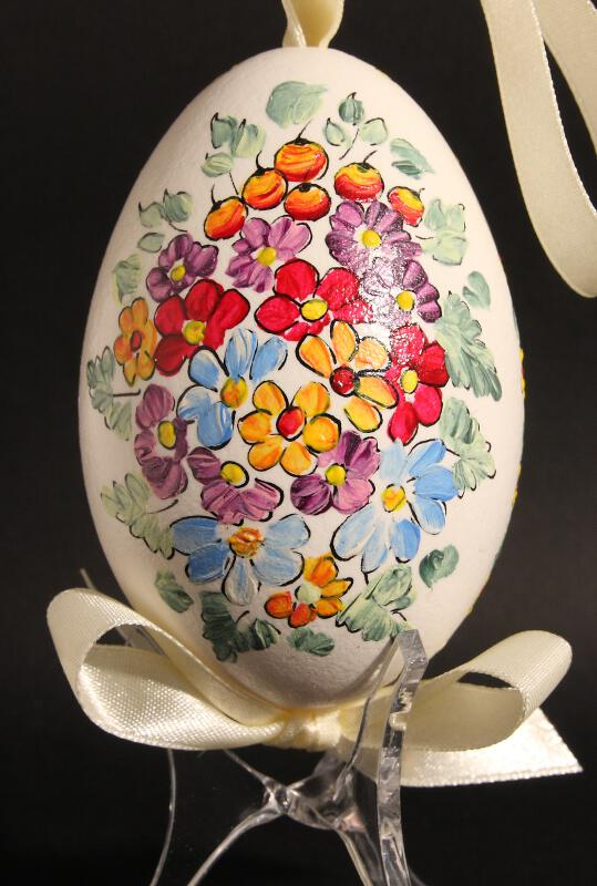 Painted egg shell (Kraszanki) : Anna, Poland