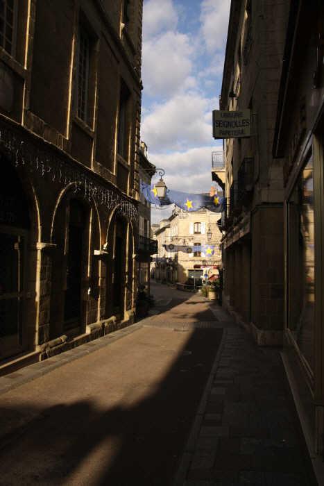 Lumi re sur brive la gaillarde ville de notre aquarelliste pierre maubeau - Office tourisme brive la gaillarde ...